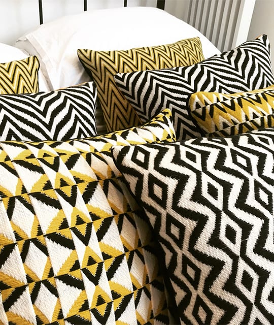 Woven cushion covers 60s patterns